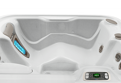 Jetsetter – 3 Person Hot Tub